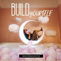 Build yourself podcast safia podcasting réseaux sociaux coaching